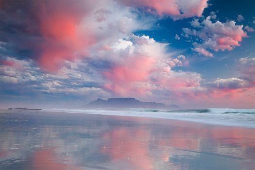 Table Mountain by hougaard