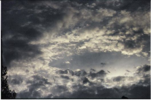 clouds 2 by skatelife101