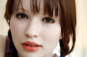 emily browning as bella swan by Kitty-chan-knight