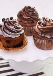 Ultimate chocolate Marble Cupcakes by theresahelmer