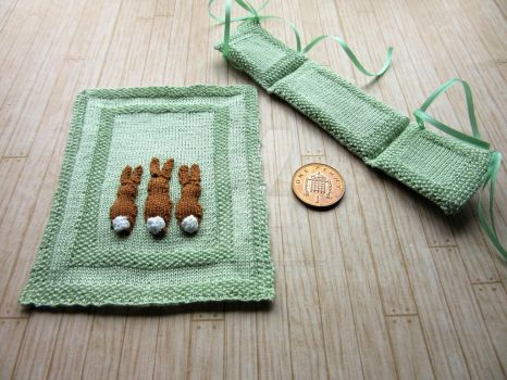 1:12th scale Rabbit Cot Set by buttercupminiatures