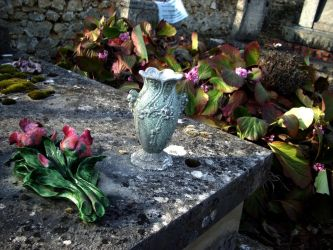 Cemetery vase and flowers by Gothicmamas-stock