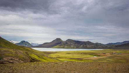 Alftavatn lake by StonyStoneIsStoned2