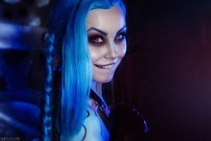 LOL - Jinx - Catch me! by MilliganVick