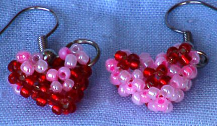 3d heart earrings by Craftcove