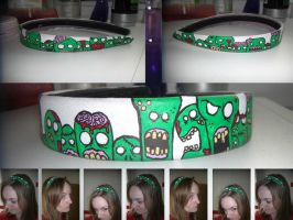 Zombie Hairband by Snaecka