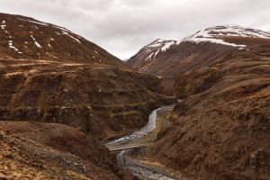 Iceland Mountain River Pass by somadjinn