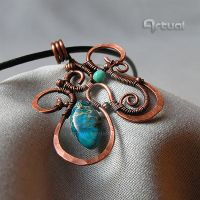 Hammered copper wire pendant Sea Sediment Jasper by artual