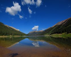 Grizzly Reservoir by greenunderground