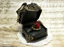 Rosarium Ring Box 5 by Necrosarium