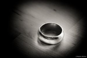 One ring to remember them... by mallchin