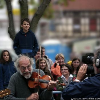 Klaus The Fiddler by Woscha