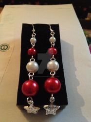 Xmas Earring for Julie 2 by SekseeDragoness