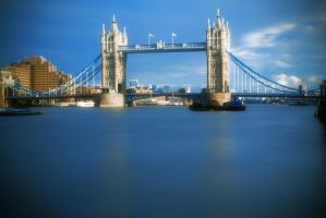 Tower Bridge by IRCSS