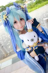 Vocaloid - Snow Hatsune Miku by Xeno-Photography