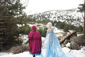 Frozen - A kingdom of isolation by sakuritachan92