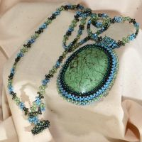 Beaded magnesite necklace by sueswinyard