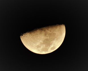 Moon at 10:15 PM 2-23-18 by knighttemplar1