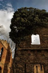 Old ruins by Wanderlouve
