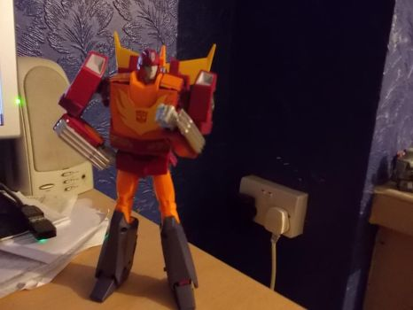 MP Hot Rod posing by ReinaHW