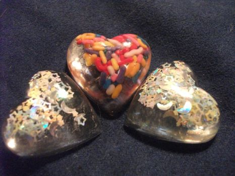 Resin hearts by mylifeline