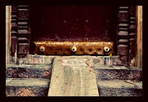 keep this door closed by abhimanyughoshal
