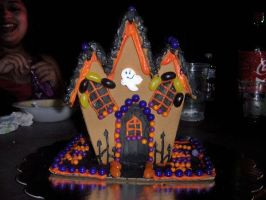 Halloween gingerbread by BeautyCanBeDecieving