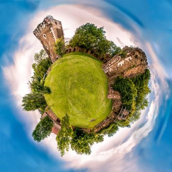 The Old Castle of Saive Go Round by eVolutionZ