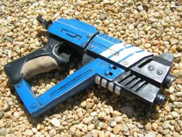 MASS EFFECT N7 M4 SHURIKEN submachine PISTOL by faustus70