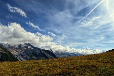 Mountains of mont blanc by BigBindahouse