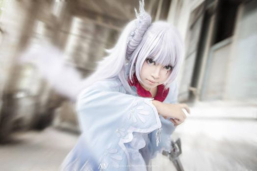 RWBY: Weiss attack! by oruntia
