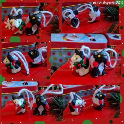 Christmas Kitties Ornaments by pucapup