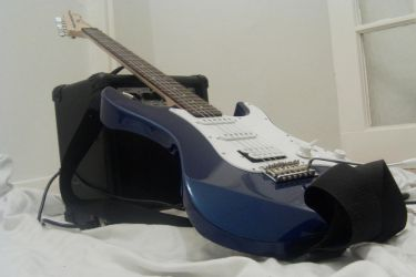 Electric guitar by richardnorth