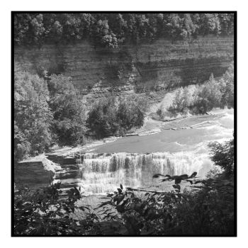 2018-168 Letchworth Lower Falls from above by pearwood