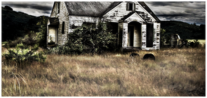 Old House by carnine9