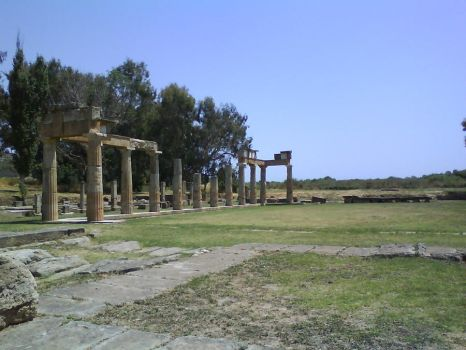 Temple of Artemis at Vravrona by Maelamin