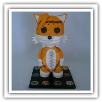 Sackboy dressed as Tails cake. by jewelsweb
