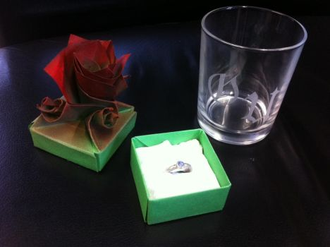 Origami Rose Cube whit Silver Ring and gravur-Glas by urfer-art