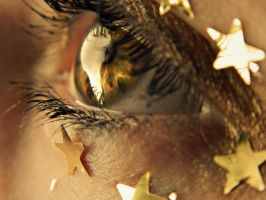 Glitter and Gold by Like-an-Utopian