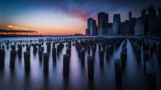 NYC Sunset Christmas by geolio