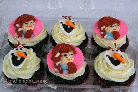 Frozen Cupcakes - Anna and Olaf by cake-engineering