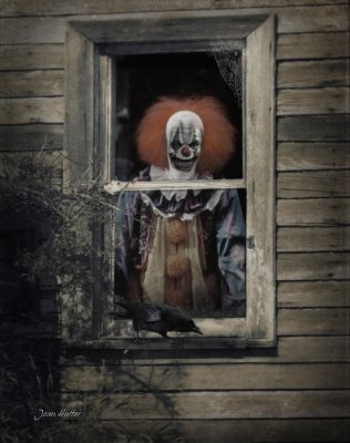Creepy Clown Hysteria by jhutter