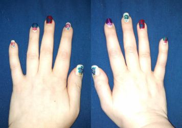 Christmas Nails by Muggle-Angel