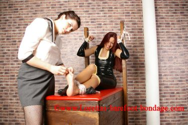 Tickle the Barefoot Feet of the Maid! by Loretta82