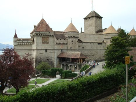 Chillon Castle by ForgetfulRainn