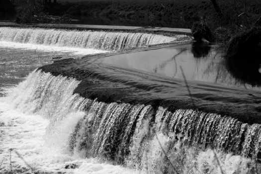 Claverton Weir - short exposure by clan-badger