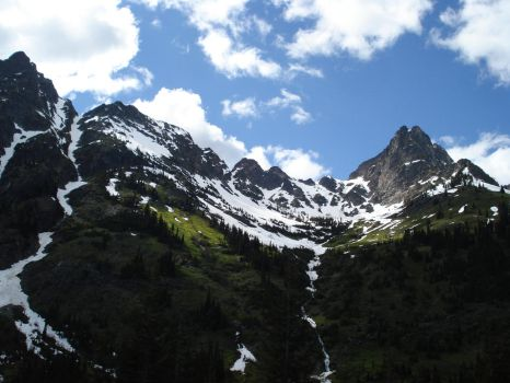 North Cascades by tessizzle