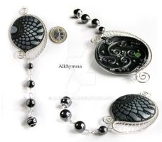 Tracce 3, the necklace by Alkhymeia