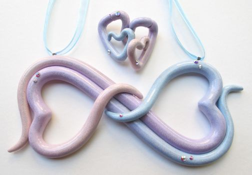 Double heart pastel and glitter necklace set by KTOctopus