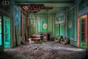 Green Saloon by Dapicture